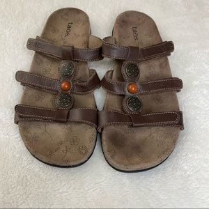 Taos Beaded Slip-on Leather Sandals Brown Size 8